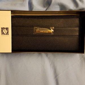 Ann Klein pebbled black leather& gold trim wallet